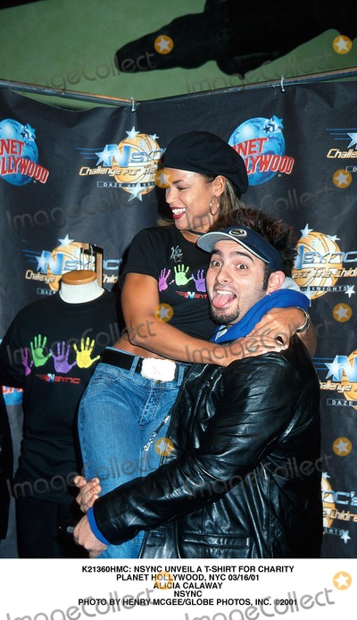 Alicia Calaway Photo -  Nsync Unveil a T-shirt For Charity Planet Hollywood NYC 031601 Alicia Calaway Nsync Photo by Henry McgeeGlobe Photos Inc