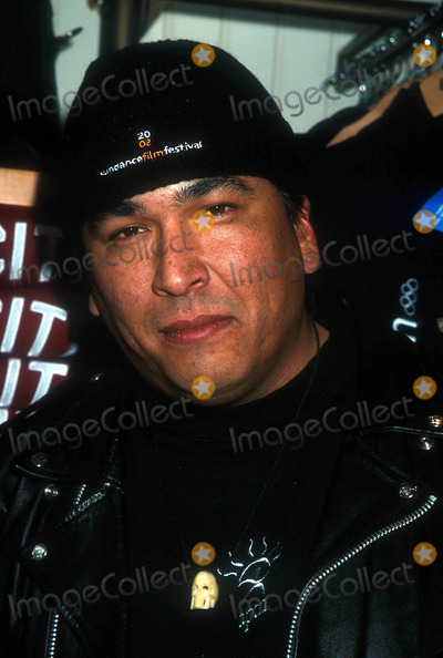 Eric Schweig Photo - Sundance Film Festival Skins Photo Op Utah 011502 Photo by Henry McgeeGlobe Photos Inc 2002 Eric Schweig