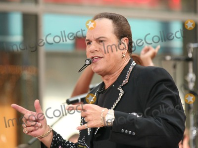 Harry Wayne Casey Photo - New York NY 07-14-2006Harry Wayne Casey of KC  The Sunshine Band performing on NBCs Today Show Toyota Summer Concert Series at Rockefeller PlazaDigital Photo by Lane Ericcson-PHOTOlinknet