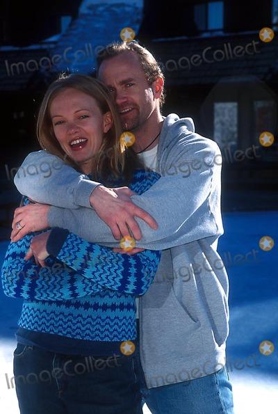 Aimee Graham Photo - Sundance Film Festival Balance Barice Skating Party Utah 011202 Photo by Henry McgeeGlobe Photos Inc 2002 Aimee Graham Lee Tergesen