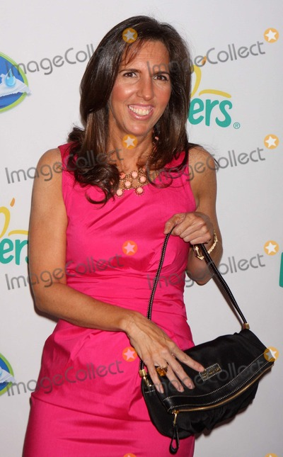 Liz Lang Photo - Liz Lange Arriving at Launch of Pampers Swaddlers and Cruisers with Dry Max at Helen Mills in New York City on 03-18-2010 Photo by Henry Mcgee-Globe Photos Inc 2010