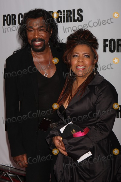 Ashford and Simpson Photo - Nick Ashford and Valerie Simpson Arriving at a Screening of Liiongates For Colored Girls at the Ziegfeld Theater in New York City on 10-25-2010 Photo by Henry Mcgee-Globe Photos Inc 2010