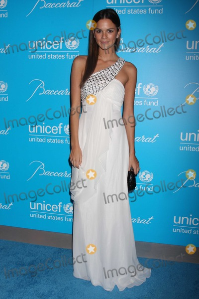 Allie Rizzo Photo - NYC  113010Allie Rizzo at the 7th Annual UNICEF Snowflake Ball honoring Olivia Harrison with the Spirit of Compassion Award at Cipriani 42nd StreetPhoto by Adam Nemser-PHOTOlinknet