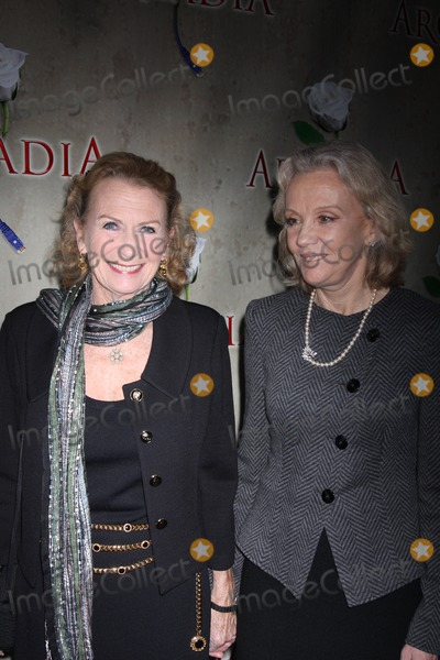 Hayley Mills Photo - New York City  17th March 2011Juliet Mills and Hayley Mills at opening night of Arcadia on Broadway at the Ethel Barrymore TheatrePhoto by Adam Nemser-PHOTOlinknet