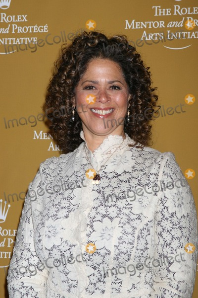 Anna  DEAVERE Smith Photo - NYC  111207Anna Deavere SmithRolex Mentor and Protege Arts Initiative at the NY State Theater at Lincoln CenterDigital Photo by Adam Nemser-PHOTOlinknet