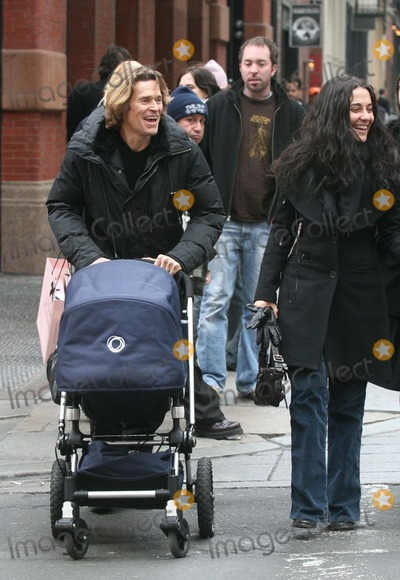 Willem Dafoe Photo - NYC  012807Willem Dafoe (pushing a baby carriage) with his wife Giada Colagrande and friends shopping in SOHODigital Photo by Adam Nemser-PHOTOlinknet