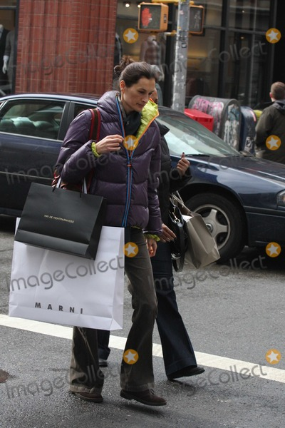 Annette Lauer Photo - Annette Lauer6621JPGNYC  022810EXCLUSIVE Annette Lauer (whose husband Matt Lauer just got back from Vancouver where he was for 2 weeks) shopping at Agent Provocateur and Kiki De Montparnasse as well as Marni J Crew and Kirna Zabete with a friend after having lunch at Lure in SOHOEXCLUSIVE photo by Adam Nemser-PHOTOlinknet