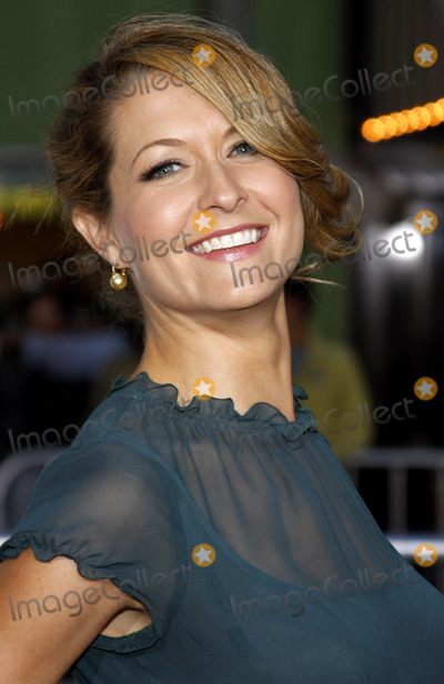Ali Hillis Photo - Ali Hillis attends the Los Angeles Premiere of The Heartbreak Kid held at the Mann Village Theater in Westwood California United States on September 27 2007 Copyright 2007 by Popular Images