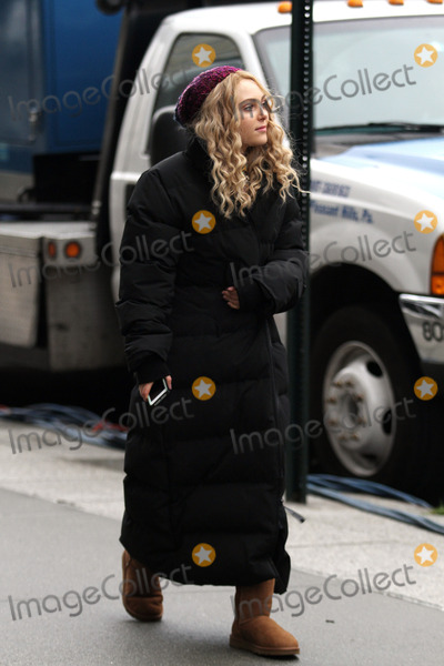AnnaSohpia Robb Photo - December 18 2012 New York CityActress AnnaSophia Robb was on the set of the new TV show The Carrie Diaries on December 18 2012 in New York City