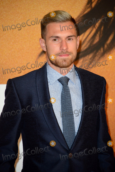 Aaron Ramsey Photo - October 20 2016 LondonAaron Ramsey arriving at the European premiere of Jack Reacher Never Go Back at Cineworld Leicester Square on October 20 2016 in London EnglandBy Line FamousACE PicturesACE Pictures IncTel 6467670430