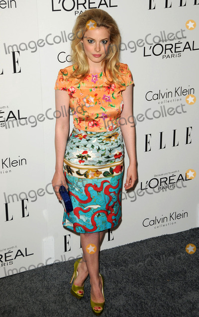 Gillian Jacobs Photo - Gillian Jacobs arriving at ELLEs 18th Annual Women in Hollywood Tribute at the Four Seasons Hotel on October 17 2011 in Los Angeles California