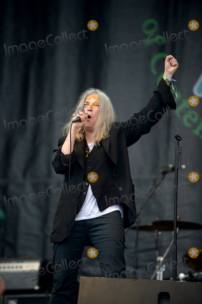 Patty Smith Photo - June 27 2015 Glastonbury EnglandPatti Smith on stage at the 2015 Glastonbury Festival on June 27 2015 in Glastonbury EnglandPlease byline FamousACE PicturesACE Pictures Inc Tel 646 769 0430