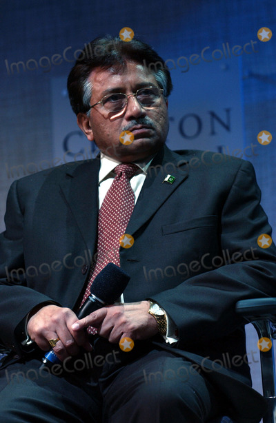 Pervez Musharraf Photo - President of Islamic Republic of Pakistan Pervez Musharraf on stage during the Clinton Initiative Annual Meeting