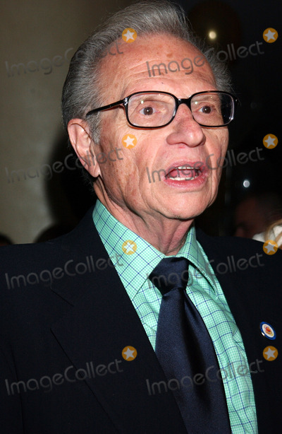 Larry King Photo - NEW YORK JUNE 14 2005    Larry King at the National Fathers Council Luncheon held at the Marriott Marquis