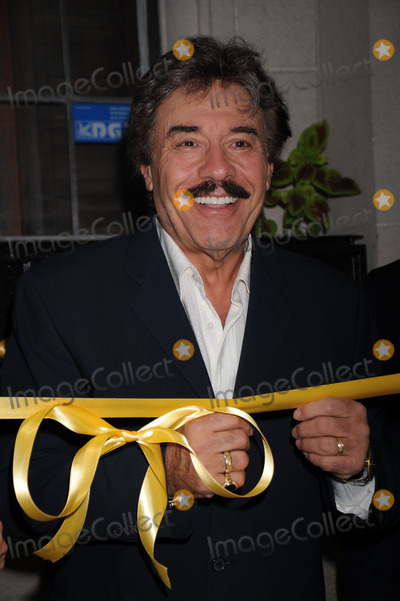 Tony Orlando Photo - Actor Tony Orlando is honored with the worlds largest yellow ribbon outside the Friars Club on September 2 2008 in New York City