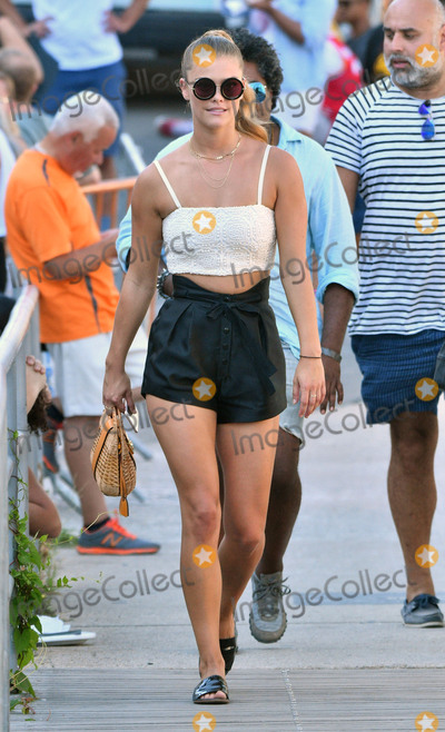 Nina Agdal Photo - August 28 2016 New York CityModel Nina Agdal walks in Coney Island on August 28 2016 in New York CityBy Line Curtis MeansACE PicturesACE Pictures IncTel 6467670430