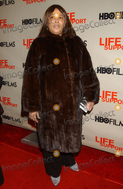 ANDREA WILLIAMS Photo - Andrea Williams attending the HBO Films screening of Life Support at Chelsea West Theater