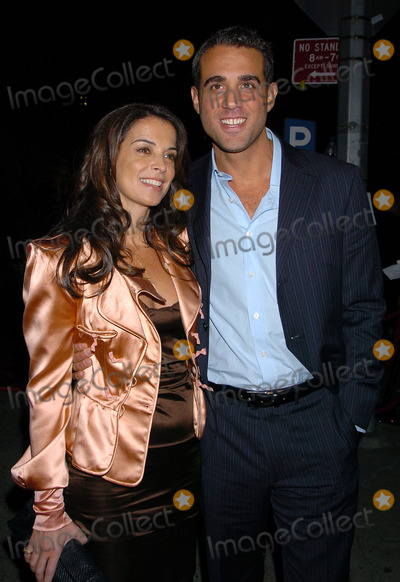 ANABELLA SCIORRA Photo - NEW YORK OCTOBER 5 2004    Anabella Sciorra and Bobby Cannavale attend the New York premiere of Shall We Dance