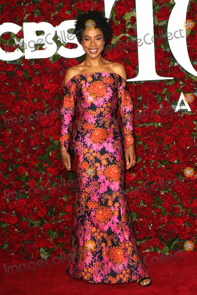 Sophie Okonedo Photo - June 12 2016 New York CitySophie Okonedo arriving at the 70th Annual Tony Awards at The Beacon Theatre on June 12 2016 in New York CityBy Line Nancy RiveraACE PicturesACE Pictures Inctel 646 769 0430