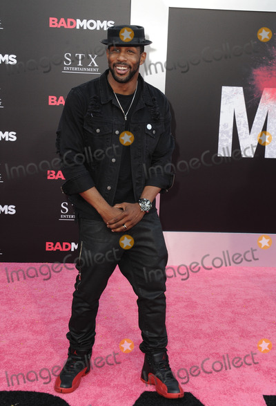 Stephen Boss Photo - July 26 2016 LAStephen Twitch Boss arriving at the premiere of Bad Moms at the Mann Village Theatre on July 26 2016 in Westwood CaliforniaBy Line Peter WestACE PicturesACE Pictures IncTel 6467670430