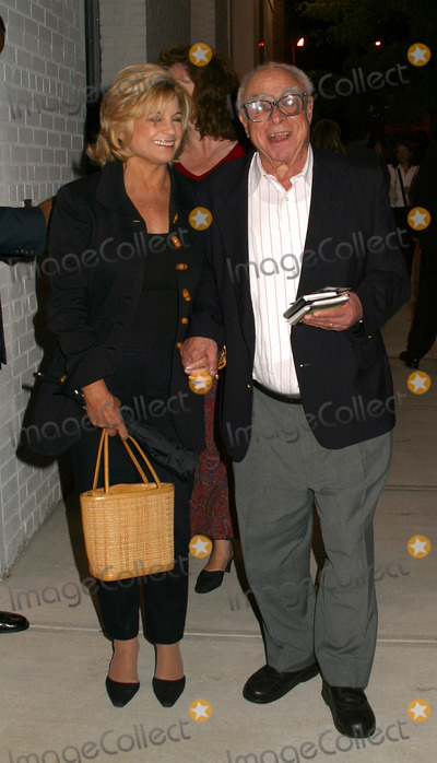 Art Buchwald Photo - Art Buchwald arrives at the premiere after-party for Igby Goes Down New York September 4 2002