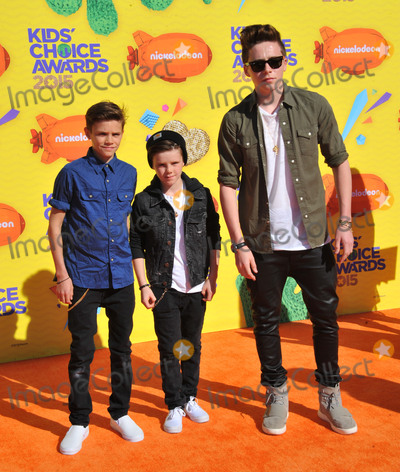 Brooklyn Beckham Photo - March 28 2015 LABrothers (L-R) Romeo James Beckham  Cruz David Beckham and Brooklyn Joseph Beckham arriving at Nickelodeons 28th Annual Kids Choice Awards at The Forum on March 28 2015 in Inglewood California By Line Peter WestACE PicturesACE Pictures Inctel 646 769 0430