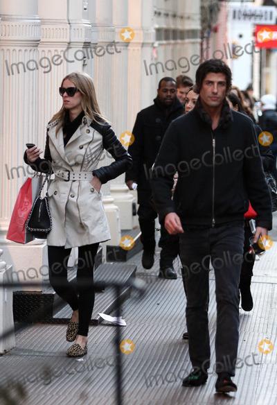 Brandon Davis Photo - February 9 2012 New York CityNicky Hilton and Brandon Davis went shopping in Soho on February 9 2012 in New York City