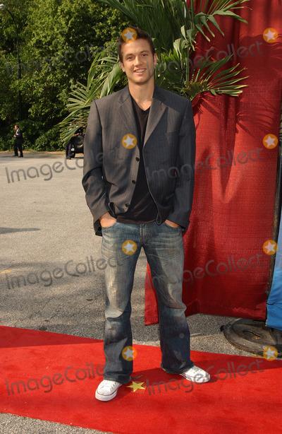 Aras Baskauskas Photo - Actor Aras Baskauskas arriving at the CBS Upfronts event