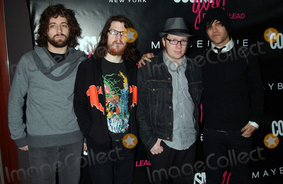 fall out boy photo rock band fall out boy arriving at the 2007 cosmogirl born