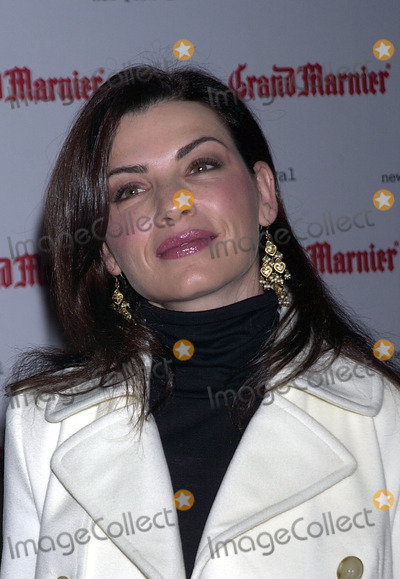 Julianne Margulies Photo - Julianne Margulies at the premiere of Mystic River kicking off the first night of the 41st annual New York Film Festival New York October 3 2003