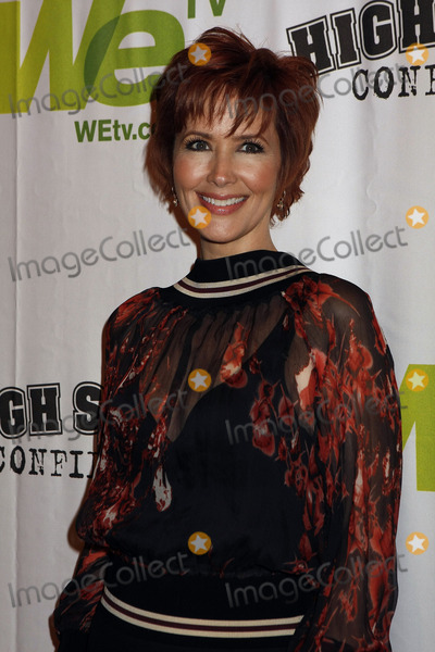 Janine Turner Photo - Actress Janine Turner attends the High School Confidential premiere at The Times Center