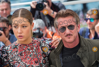 Adele Exarchopoulos Photo - Adele Exarchopoulos  Sean Penn  attends The Last Face Photocall at the 69th Festival de CannesMay 20 2016  Cannes FrancePicture Kristina Afanasyeva  Featureflash