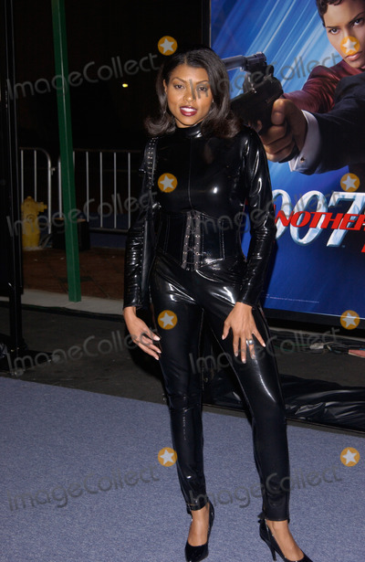 Taraji P Henson Photo - Actress TARAJI P HENSON at the special screening in Los Angeles of the new James Bond movie Die Another Day11NOV2002   Paul Smith  Featureflash