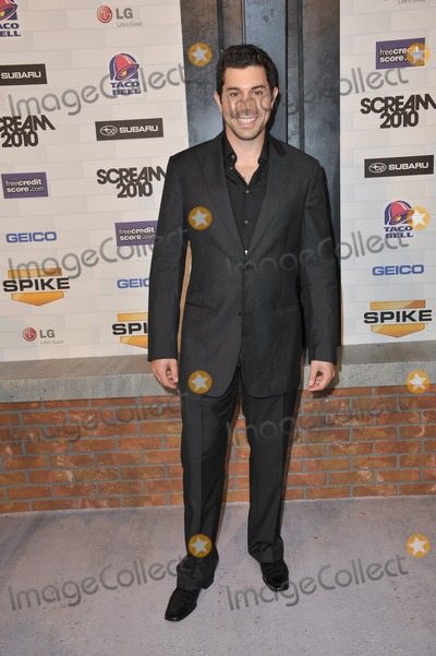 Micah Sloat Photo - Micah Sloat at Spike TVs 2010 Scream Awards at the Greek Theatre Griffith Park Los AngelesOctober 16 2010  Los Angeles CAPicture Paul Smith  Featureflash