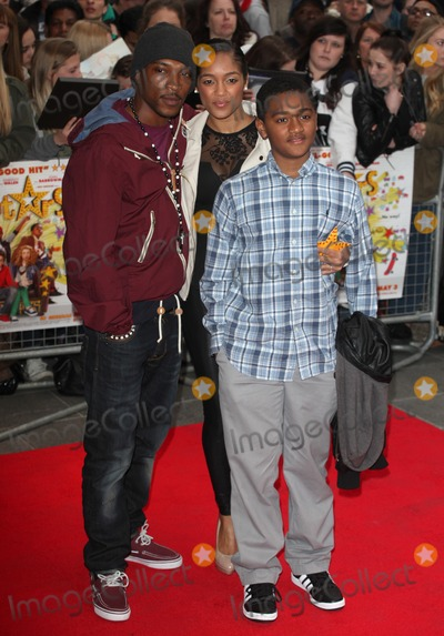 Ashley Walter Photo - Ashley Walters arriving for the All Stars 3D Premiere Vue West End London 22042013 Picture by Alexandra Glen  Featureflash