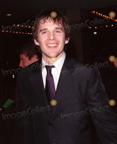 Anne Bancroft Photo - 20JAN98  Actor ETHAN HAWKE at the world premiere of his new movie Great Expectations in Century City Los Angeles He stars in the movie with Gwyneth Paltrow Robert De Niro  Anne Bancroft