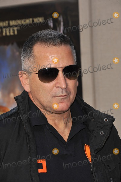 Anthony Lapaglia Photo - Anthony LaPaglia at the world premiere of his new movie Legends of the Guardians The Owls of GaHoole at Graumans Chinese Theatre HollywoodSeptember 19 2010  Los Angeles CAPicture Paul Smith  Featureflash