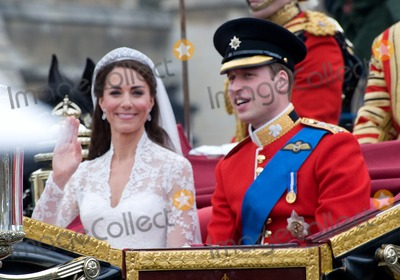 Prince William Photo - Duke  Duchess of Cambridge (Prince William and Kate Middleton) leaving Westminster Abbey following their royal weddingApril 29 2011  London UKPicture Paul Smith  Featureflash