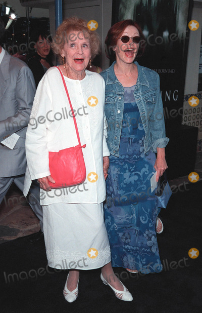 Gloria Stuart Photo - 20JUL99 Titanic stars GLORIA STUART (left)  FRANCES FISHER at the premiere of The Haunting in Los Angeles Paul Smith  Featureflash