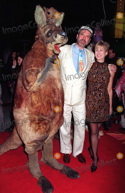 Alyce Faye Photo - 16JAN97  Actor JOHN CLEESE  wife ALYCE FAYE at the World Premiereof his new movie Fierce Creatures in which he stars with Jamie Lee Curtis  Kevin Kline  Pix PAUL SMITH