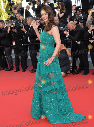 Aishwarya Rai Bachchan Photo - Aishwarya Rai Bachchan at the gala premiere of Carol at the 68th Festival de CannesMay 17 2015  Cannes FrancePicture Paul Smith  Featureflash