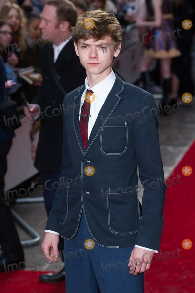Thomas Sangster Photo - Thomas Sangster arrives for the Empire Awards 2015 at the Grosvenor House Hotel London 29032015 Picture by Dave Norton  Featureflash