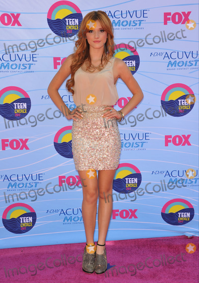 Bella Thorne Photo - Bella Thorne at the 2012 Teen Choice Awards at the Gibson Amphitheatre Universal CityJuly 23 2012  Los Angeles CAPicture Paul Smith  Featureflash