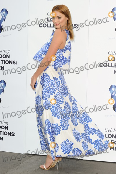 Margot Robbie Photo - Margot Robbie arrives for the One for the Boys Ball 2014 at the Natural History Museum London 15062014 Picture by Steve Vas  Featureflash
