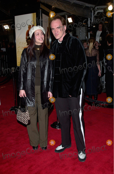 Julie Dreyfus Photo - Director QUENTIN TARANTINO with JULIE DREYFUS at the Los Angeles premiere of The Mexican23FEB2001    Paul SmithFeatureflash