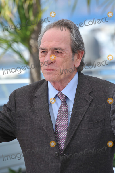 Tommy Lee Jones Photo - Tommy Lee Jones at the photocall for his new movie The Homesman at the 67th Festival de CannesMay 18 2014  Cannes FrancePicture Paul Smith  Featureflash