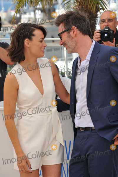 Michel Hazanavicius Photo - Berenice Bejo  director husband Michel Hazanavicius at the photocall for her movie The Search at the 67th Festival de CannesMay 21 2014  Cannes FrancePicture Paul Smith  Featureflash