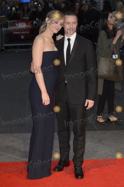 Anne-Marie Duff Photo - Anne Marie Duff  James McAvoy at the BFI London Film Festival premiere of Suffragette at the Odeon Leicester Square LondonOctober 7 2015  London UKPicture Dave Norton  Featureflash