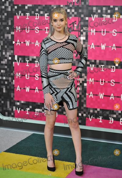 Amanda Steele Photo - Social media star Amanda Steele at the 2015 MTV Video Music Awards at the Microsoft Theatre LA LiveAugust 30 2015  Los Angeles CAPicture Paul Smith  Featureflash