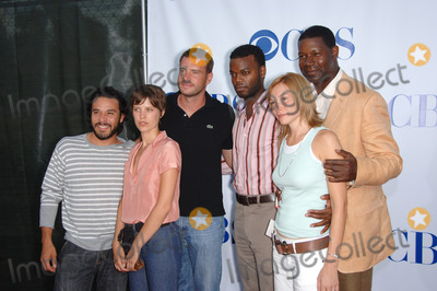 Abby Brammell Photo - The Unit stars MICHAEL IRBY (left) SCOTT FOLEY AUDREY MARIE ANDERSON DEMORE BARNES ABBY BRAMMELL  DENNIS HAYSBERT at the CBS Summer Press Tour Stars Party at the Rose Bowl in Pasadena CA July 15 2006  Pasadena CA 2006 Paul Smith  Featureflash